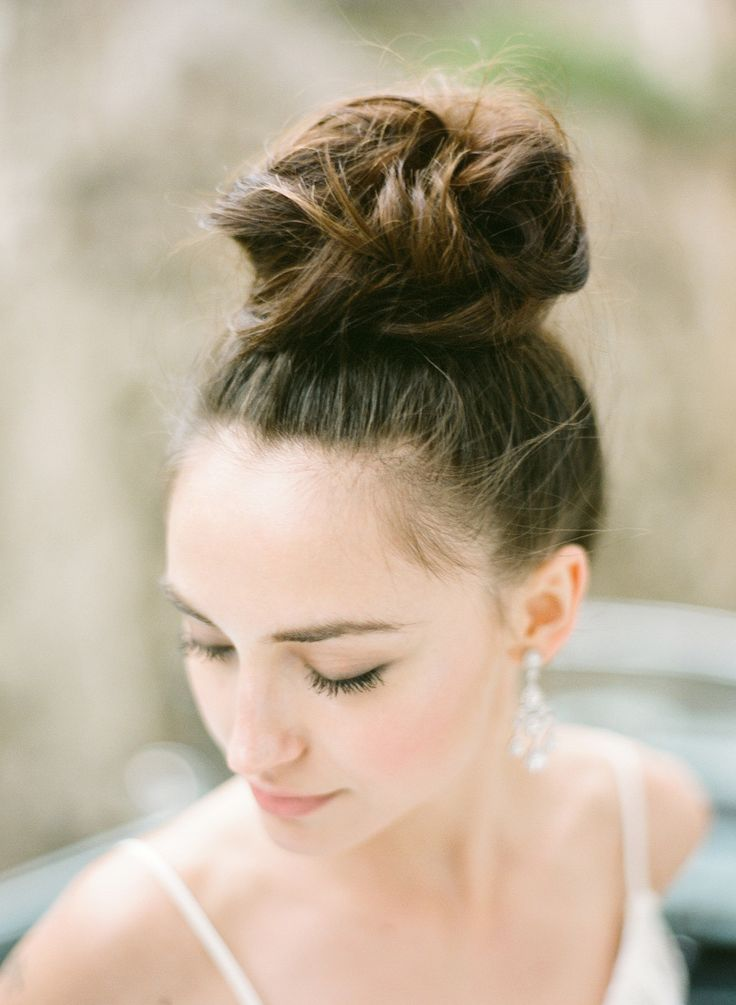 top knot hair style 426 best images about be gorgeous bridal hair styles on 5643