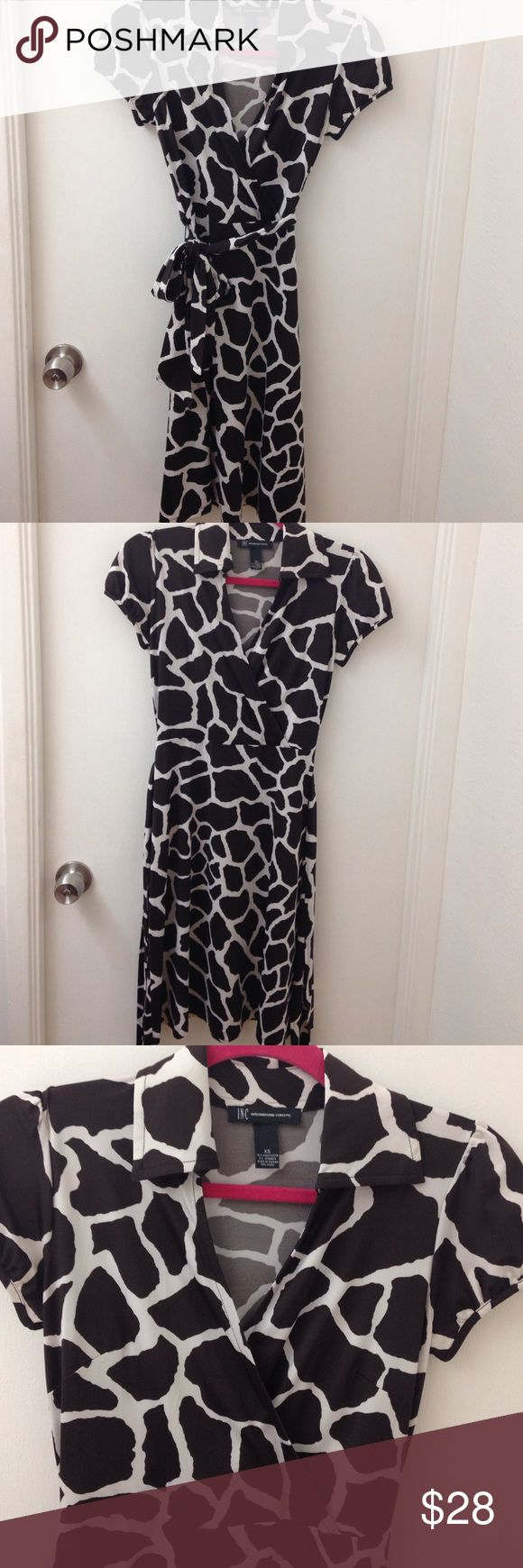 INC safari DRESS The most comfortable dress ever! Excellent like new condition! Great for work and travel! No need to iron. INC International Concepts Dresses