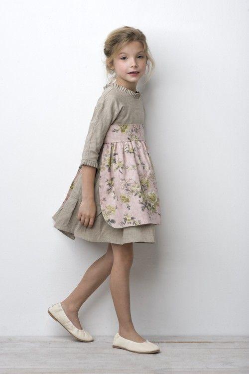 Vestido con mandil de sainteclaire | Moda niños | Pinterest