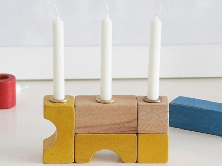 DIY-Anleitung: Kerzenständer aus Bauklötzen selber machen, Kerzenhalter als Deko für Dein Zuhause via DaWanda.com