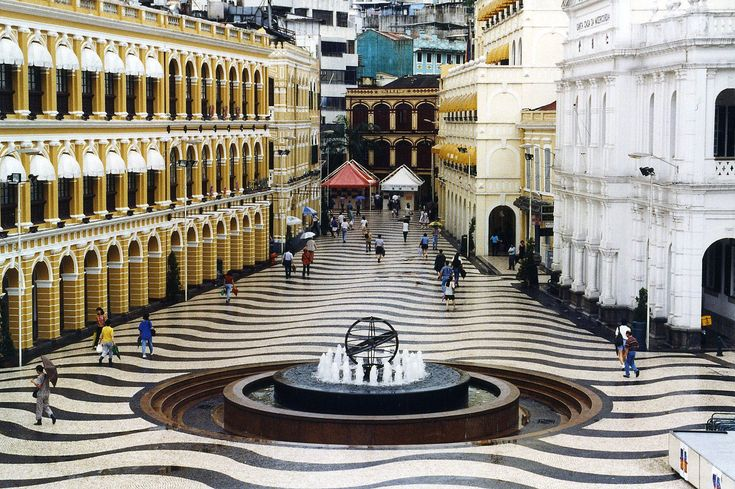 Senado Square is one of the few remnants of the Portuguese occupation in Macau. Being able to walk on the mosaic  pavement is ♥!