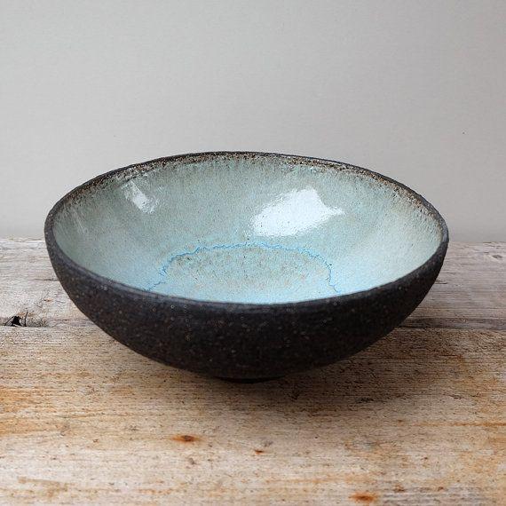 Earthy black ceramic fruit bowl with turquoise glaze - Vorlage vogel ...