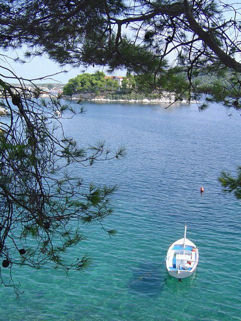 Skiathos - The island of flowers....   ::::• »☜♡☞« •::::