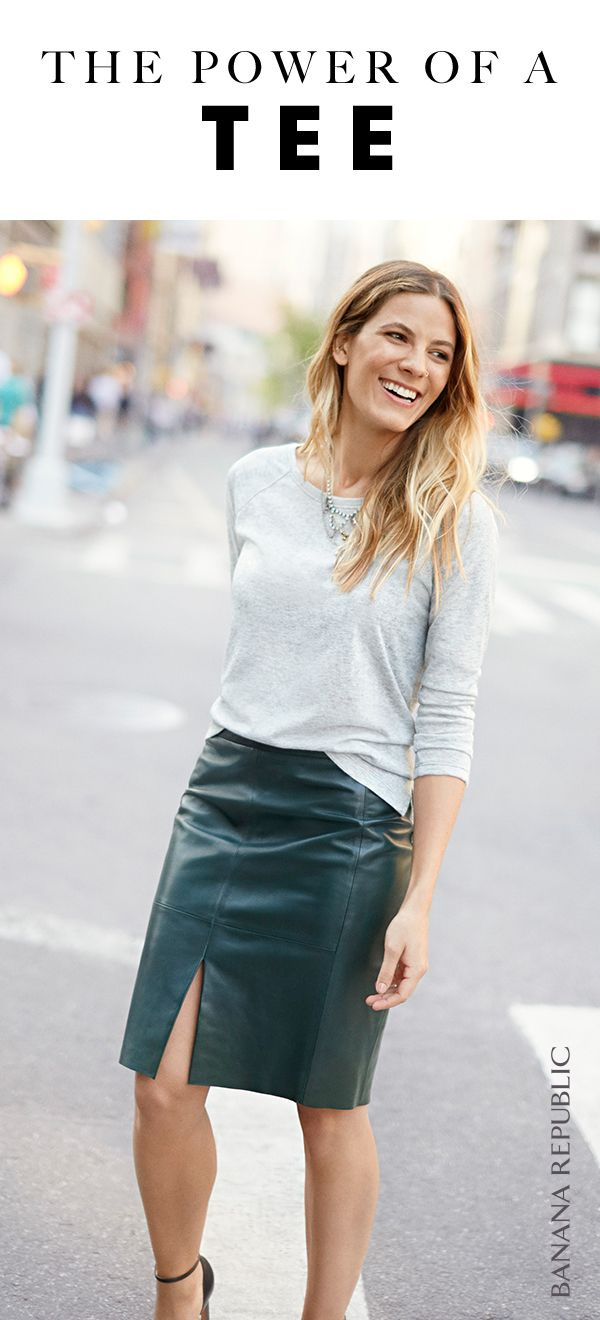 Discover the perfect classic tee that pairs with everything in your wardrobe. Pair our long sleeve grey tee with a green leather skirt and pumps for an instant street chic look | Banana Republic