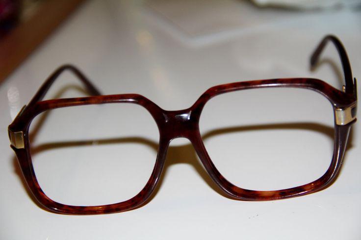 Vintage tortoise shell frames eyewear / 1970's 1980's glasses / Retro eyeglass frames / vintage eyeglasses / Big Frames / Funky frames / by TheCheekyChicBtq on Etsy