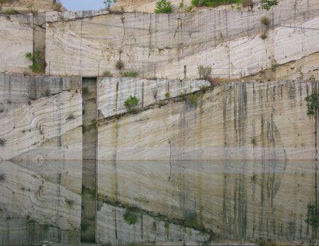 Sienese Travertine quarry at Serre di Rapolano (ph. Alfonso Acocella) cava di travertino sEnese a Serre di rapolano ,provincia di Siena (sembra la  Paradiso )