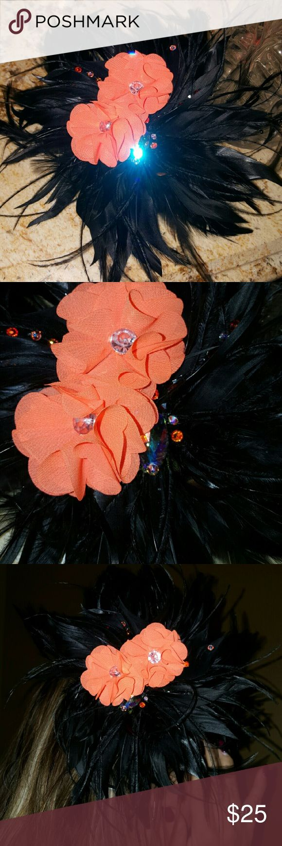 Beautiful!!! Real feather hairpiece, swarovski Beautiful!!! Real feather hairpiece, custom made with real swarovski crystal has a huge swarovski in middle Accessories Hair Accessories
