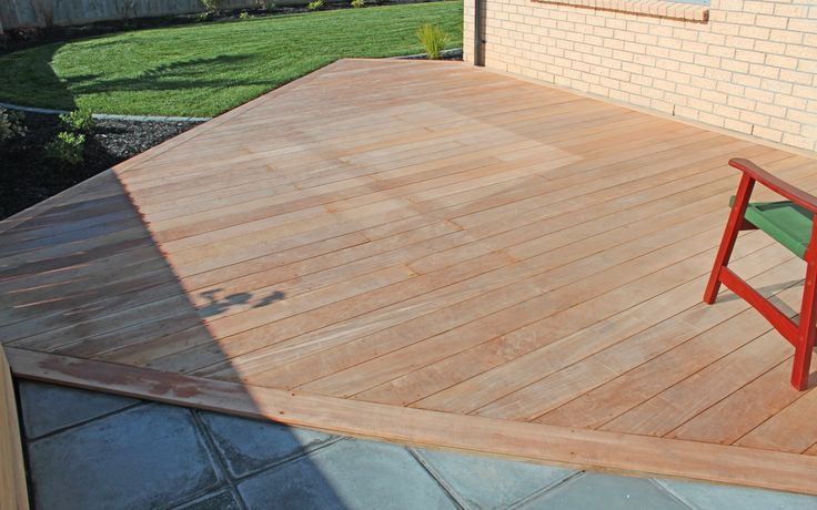 Vitex Deck - Hatfields Beach