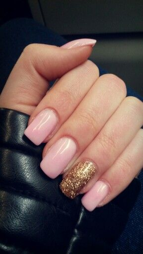 Nails Acrylic Pink Gold Glitter Ring Finger Square Cindy