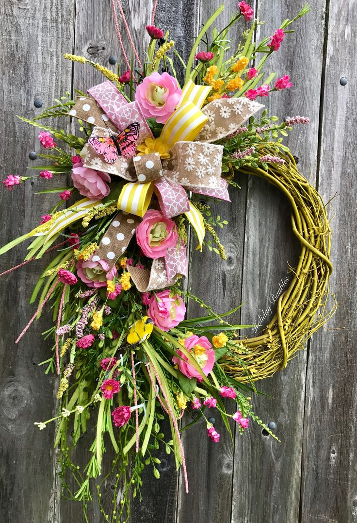 Spring Grapevine by Holiday Baubles