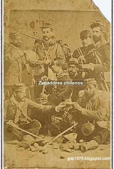 Imagen, zapadores chilenos, foto tomada posiblemente en 1880, propiedad de don Eduardo Molina, descendiente del Teniente Coronel Alejandro Molina. Sappers . Picture probaby taken in 1880. Property of Eduardo Molina, descendant of Lutenant Colonel Alejandro Molina.