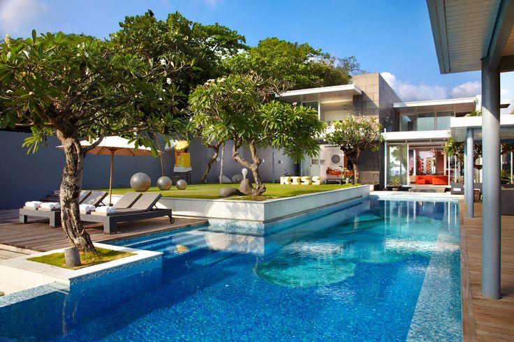 Luna2 private hotel, bali.  Beachfront location. Architecture design by David Wahl & Melanie hall. #architecture #60s #bauhaus #modernism #design #beachfront #pool #melaniehall #melaniehalldesign