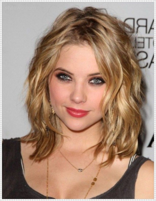 Medium Hairstyles For Round Faces Entrancing 25 Best Medium Hairstyles For Round Faces Images On Pinterest  Hair