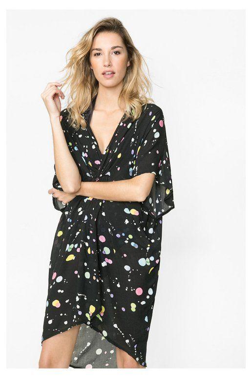 Vestito da mare nero con spruzzi di colore e incrociato sul petto. Desigual. Scopri la collezione primavera/estate 2016!
