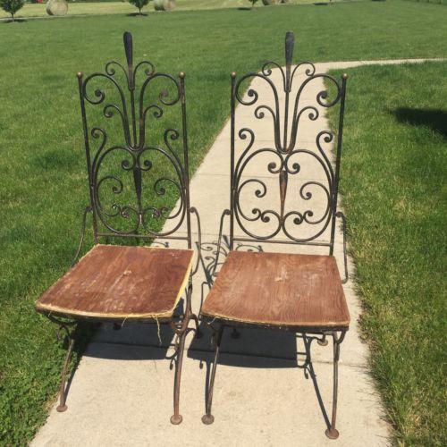pair vintage antarenni wrought iron dining chair salterini era - Vintage Patio Furniture