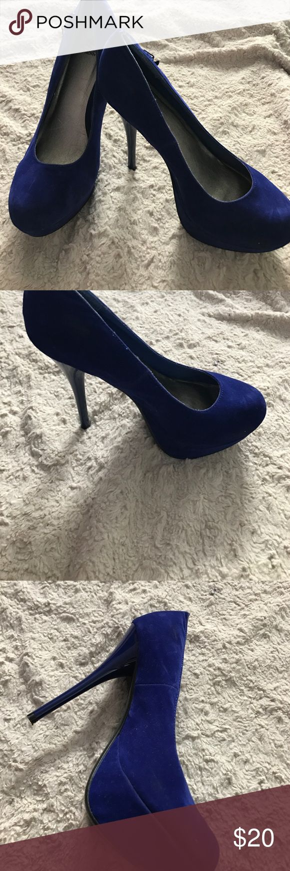 Suede royal blue pumps Size 10. Great condition shiek Shoes Heels