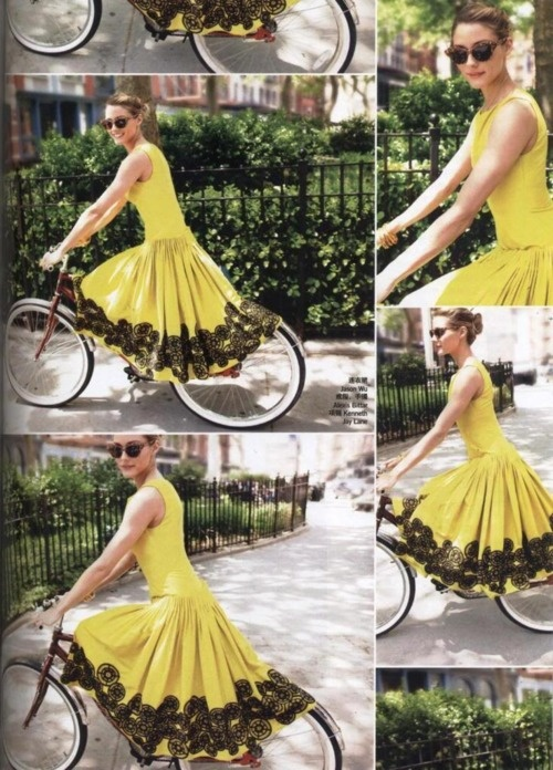 Yellow & Lace :): Black Lace, Fashion, Style, Dresses, Olivia Palermo, Yellow Dress, Bicycle