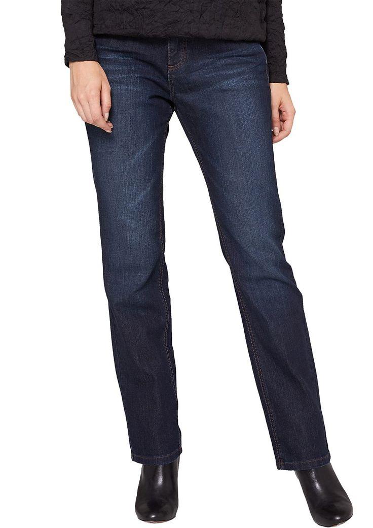 """Jeans Dark Denim mit leichter Waschung und Sitzfalten-Effekten in der Waschung. Klassische 5-Pocket-Form. Figurbetonte Passform """"Kurvig"""" mit leicht vertieftem Bund und schmalem Bein für eine ausgeprägte Hüfte, einen runden Po und stärkere Oberschenkel. Denim aus Baumwolle mit geringem Elasthananteil. Die optimale Jeans für eine ründliche Figur..  Materialzusammensetzung:Obermaterial: 99% Baumwo..."""