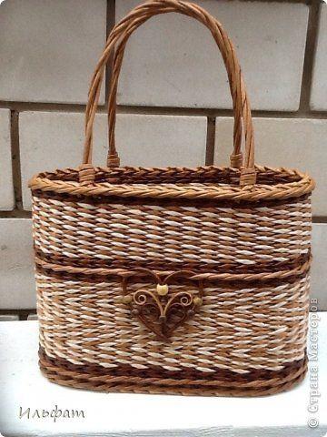 Поделка изделие Плетение Летняя сумочка Бумага газетная Трубочки бумажные фото 1