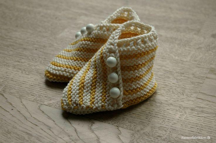 DIY retstrikkede babysutsko
