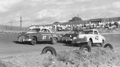 Martinsville Speedway - Tim Flock #87, Lee Petty #42