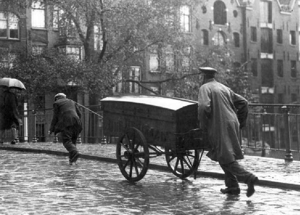 Amsterdam Cargadoor, bruggetrekker 1930