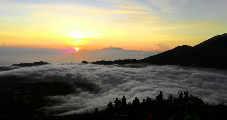 Bali trekking tour mount batur with best guides the right choice for you who want to trekking mount with new nuance. Book Now !