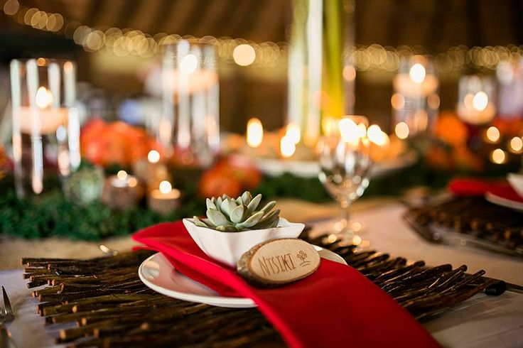 """At Thulani we strive in creating memories.  Unique form style atmosphere from real farm animals to """"long drops""""  Exdlusive, one group at a time only.  One stop service, catering, decor and music.  Real boerekos!"""