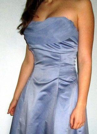 Krásné šaty na věneček či maturitní ples