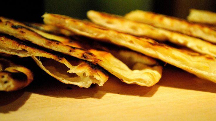 Khachapuri - хачапури (грузински гюзлемички): Хачапури Грузински, Грузински Гюзлемички, Breads, Yummy