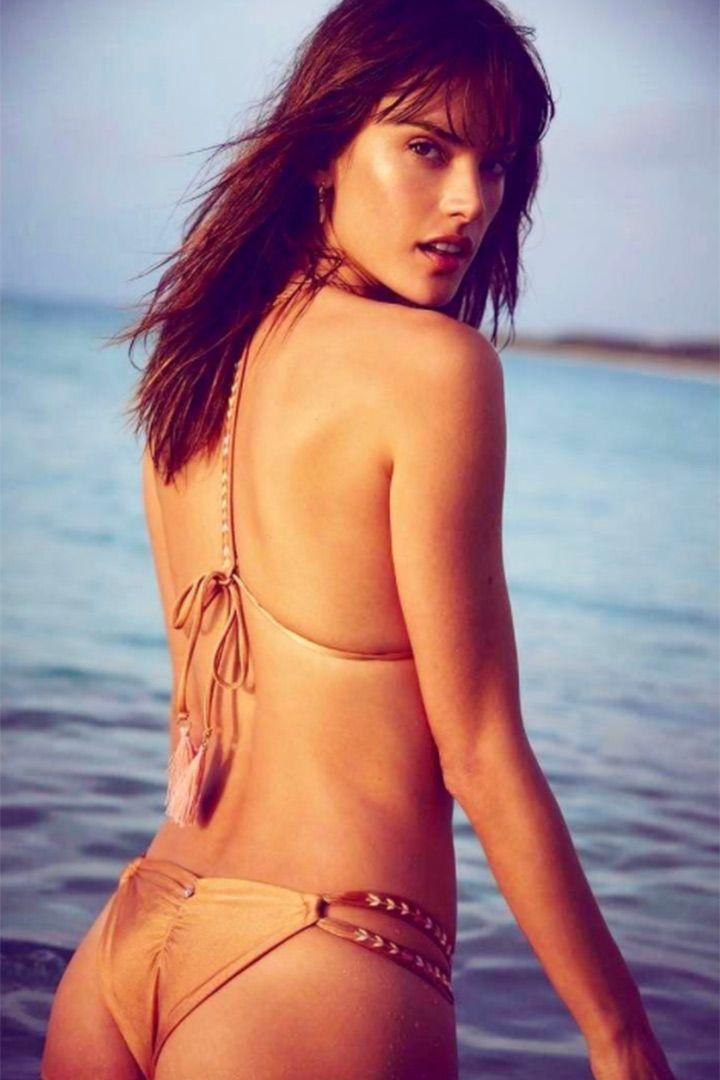 Los bikinis de inspiración celebrity para verano  http://stylelovely.com/galeria/bikinis-inspiracion-celebrity-verano/