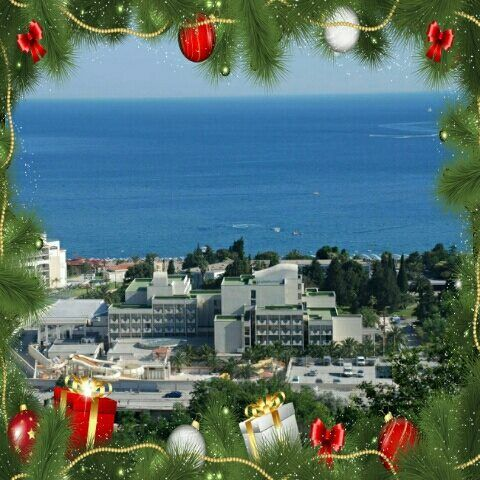 U hotelu Mediteran sve je već spremno za Doček Nove godine... Osjećate li i vi u vazduhu duh novogodišnjih praznika i miris bogate trpeze? :) Everything is ready for NYE at Hotel Mediteran... Can you feel the spirit of the New Year holidays and smell of the rich cuisine in the air? :) #HotelMediteran #newyear2016 #novogodisnjanoc #budva #montenegro #crnagora #newyearbythesea #nye2016 #zeljkobebek #acalukas #marinaviskovic #goranspasojevic