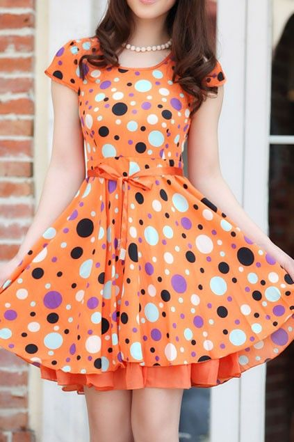Sweet Polka Dot Bound Waist Dress. A little longer and it would be perfect!!
