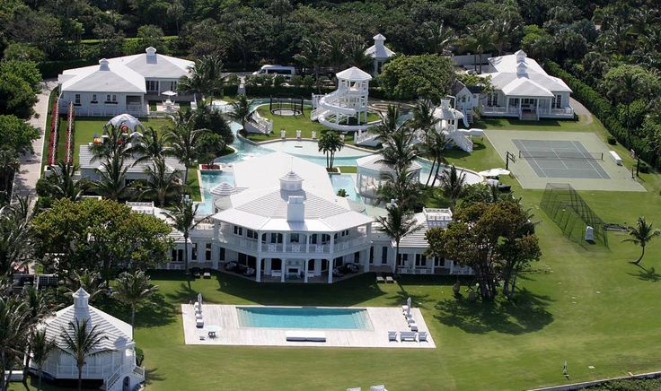 Mansion dream house celine dion s resort style home in for Celebrity houses in florida
