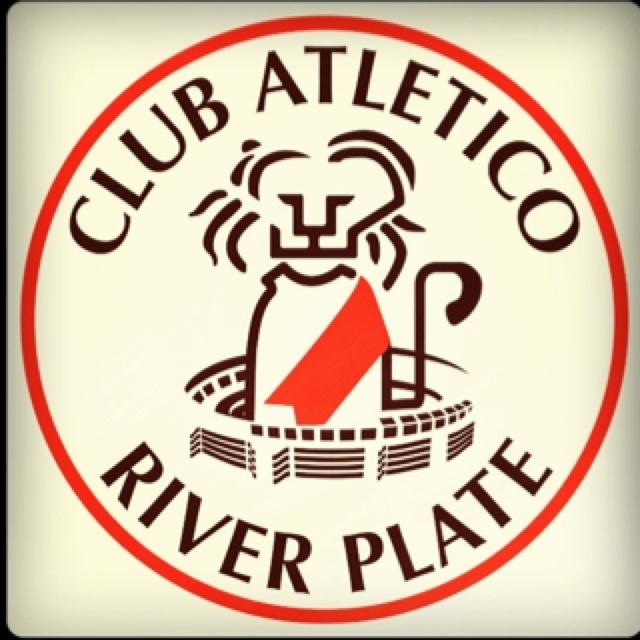 Una de sus creaciones: el emblema del Club River Plate.
