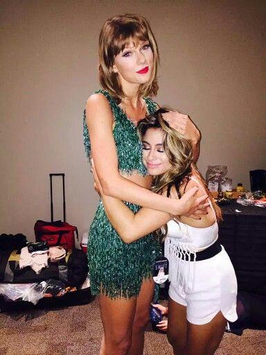 Taylor Swift con la pequeña Ally Brooke by Fifth Harmony