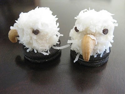 Eagles marshmallow & coconut...so perfect for my Eagles at school!!!  (welcome back BBQ bake sale)Eagle Cake, Cookies, Cute Ideas, Cake Ideas, Eagles Scouts, Bald Eagles, Cubs Scouts, Court Of Honor Food, Scouts Cake