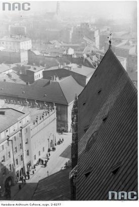 Panorama miasta z wieży Kościoła Mariackiego. Kwiecień 1940