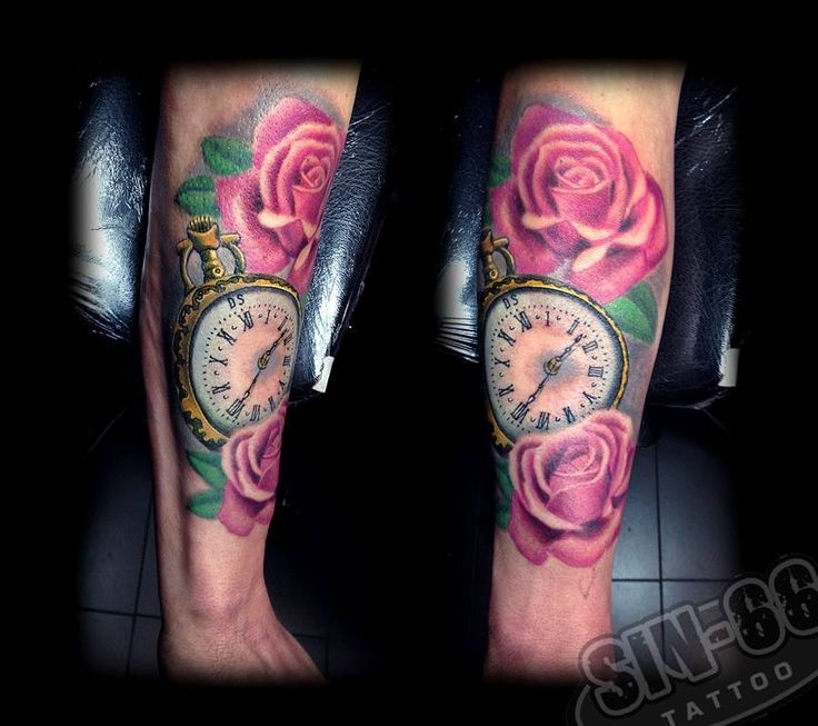 Klok en rozen tattoo #clock and roses tattoo #clock tattoo #rose tattoo #roses tattoo