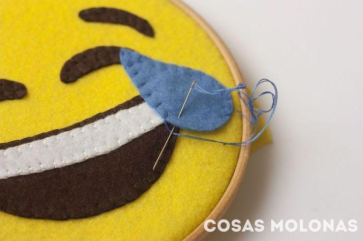 DIY / Bastidor del Emoji Risa ( + plantilla)