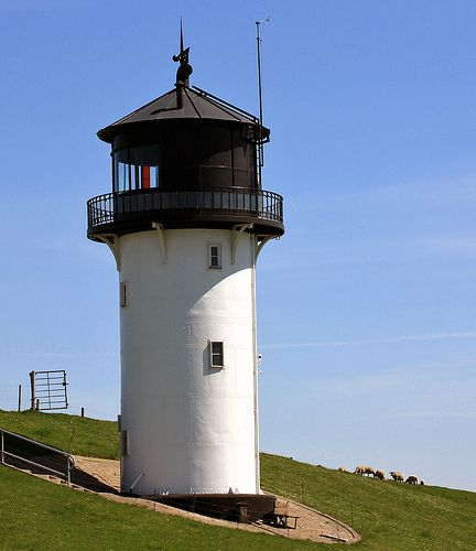 Leuchtturm Dicke Berta In Cuxhaven Altenbruch Beautiful Lighthouse Lighthouse Beacon Of Light