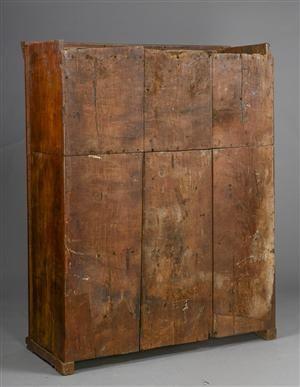 Vare: 3182454Gotisk skab fra Slesvig-Holsten af egetræ med foldeværk, 1500-1600-tallet