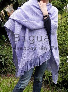 Diseños de #ruanas. Ideales para el invierno y la mujer práctica y urbana. #Telar #Biguá