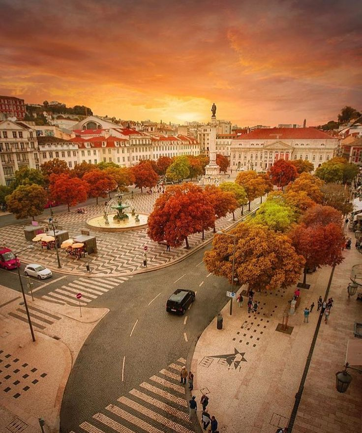 "3,393 Likes, 45 Comments - Lisbon - Lisboa  (@visiting.lisbon) on Instagram: "" #visitinglisbon #autumn #colors #amazing #lisbon #beautiful #lisbona #lisboa #lisabon …"""