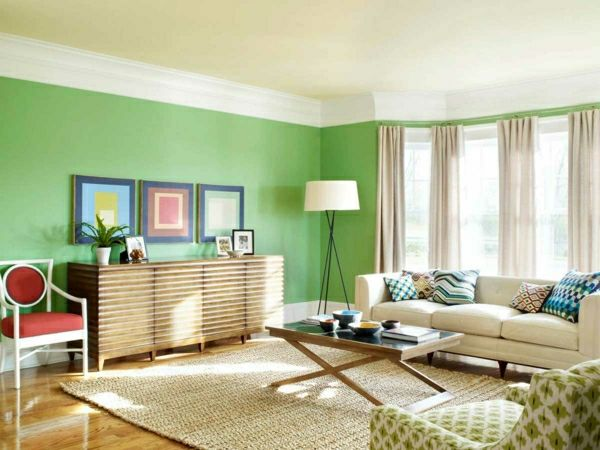 w nde streichen ideen wohnzimmer gr n hell gardinen beige drei bilder an der wand wohnen. Black Bedroom Furniture Sets. Home Design Ideas