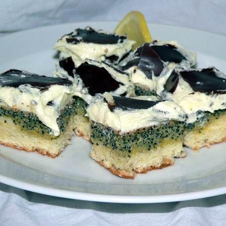 Egy finom Orosz citromos-mákos süti ebédre vagy vacsorára? Orosz citromos-mákos süti Receptek a Mindmegette.hu Recept gyűjteményében!