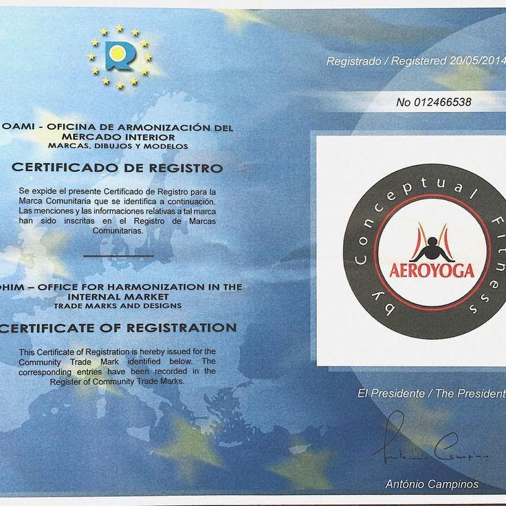 Solo #AEROYOGA® es AeroYoga y nuestro certificado oficial de la Comunidad Europea (foto) así lo reconoce! Que no te confundan! Súmate a la única certificación internacional  en #AerialYoga homologada en los 28 países de la Comunidad Europea , en Estados Unidos en Canada , Latino America y registrada en más de 160 países! Y reconocida Yoga Alliance...Orgullosos de trabajar para que nuestros profesores certificados disfruten de la exclusividad de la marca y metodo en #yogaaereo y #pilatesaereo…