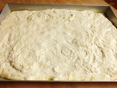 L'impasto pizza di Gabriele Bonci è un impasto facile da preparare e che dà risultati a dir poco favolosi. Una pizza di una morbidezza incredibile.