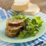 Ricetta Polpettone di pane, salsiccia e carciofi | Donna Moderna