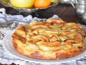 Яблочный пирог почти без муки
